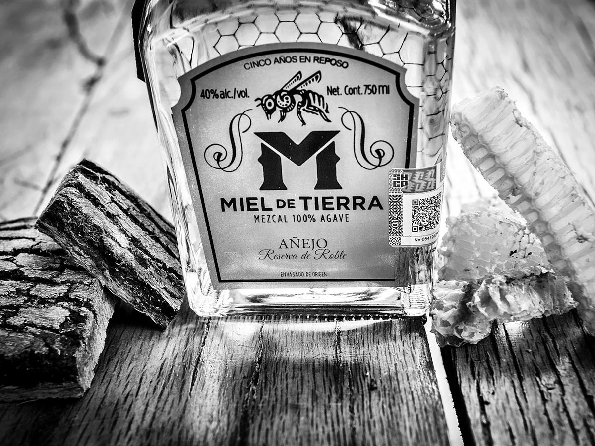 MIEL DE TIERRA Premium Mezcal