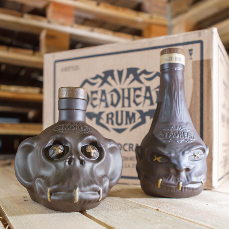 DEADHEAD - Ikonische Schrumpfköpfe jetzt in nachhaltiger Glasflasche erhältlich. Foto: SUCOs / Peter von Gersdorff