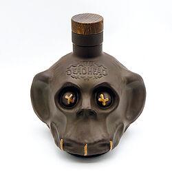 Produktabbildung DEADHEAD Dark Chocolate Rum. Foto: SUCOs / Peter von Gersdorff