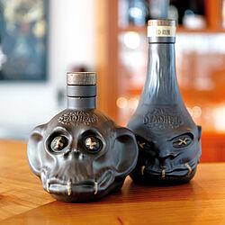 DEADHEAD - Premium-Rum in schockierender Verpackung. Foto: SUCOs / Peter von Gersdorff